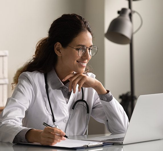 woman physician studying the FUEL master class